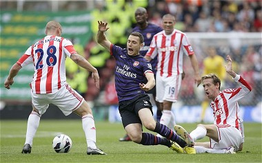 Arsenal found it hard to win against Stoke City today
