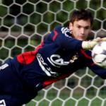 Tottenham close in on £12m Lloris as Lyon star holds talks