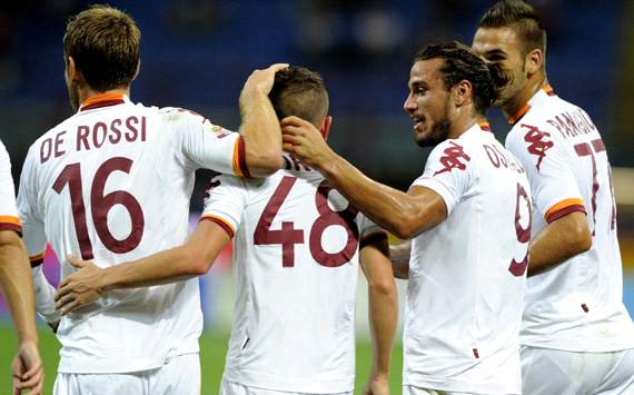 Totti inspires Roma to win at Inter