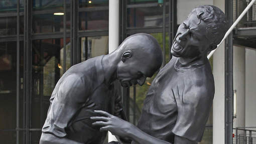 Zidane headbutt on Materazzi becomes a sculpture