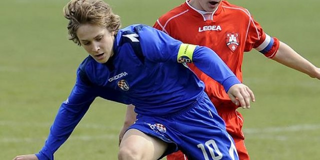 16 years old Alen Halilovic first goal with the Dinamo Zagreb
