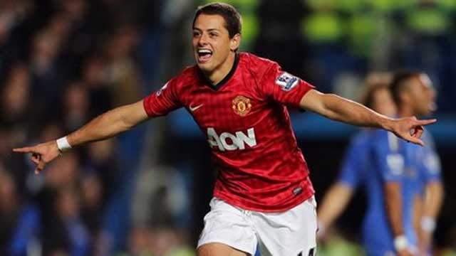 Chicharito scores the winning goal for Manchester United against Chelsea