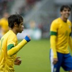 Neymar scored twice against Japan in an easy 4-0 victory