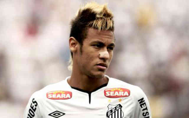 Will Neymar 200th goal with Santos take him to the top of this league?
