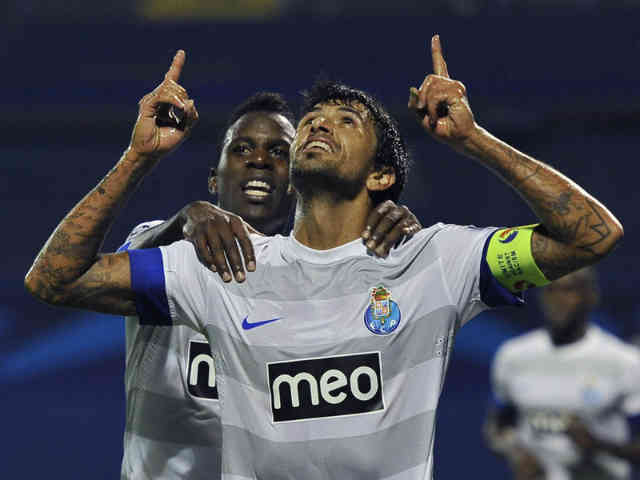 FC Porto beat Dinamo Zagreb 3-0 in the Champions League on Wednesday to set up a decider with Paris Saint-Germain in two weeks' time for the top spot in Group A.
