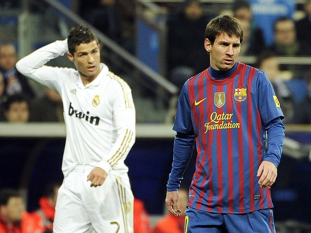 While the Messi-Ronaldo duel in full swing for the award of the FIFA Ballon d'Or, Gerard Pique has admitted to Marca that although the Portuguese Real Madrid is excellent, he is nothing compared to Messi.