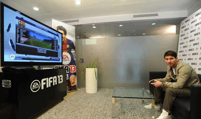 Messi enjoys playing Fifa 2013 on his Playstation