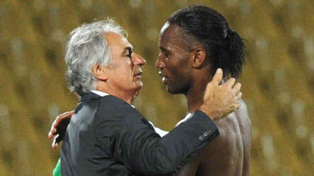 Didier Drogba shows deep repect to Algerian coach with their match