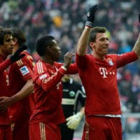 Mario Mandzukic celebrates his goal as Bayer Munich are rising up for the title