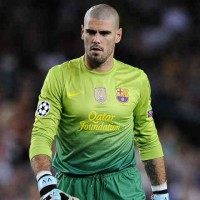 Victor Valdes refuses to extended his contract because he believes he would want to see the world in football