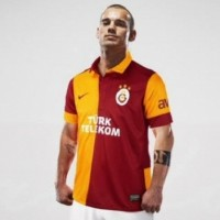 Why Did Wesley Sneijder Move to Turkey?
