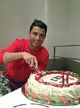 Cristiano Ronaldo celebrated his birthday yesterday, but a win against Manchester United in the Champion's League would be the icing on the cake.