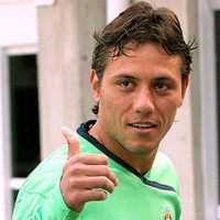 Diego Alves could be next goal keeper for Barcelona after Victor Valdes
