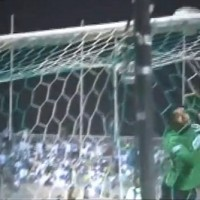 Elton sick goal -Al-Fateh- vs Al-Ahli - a missile in the top corner of the goal- the goalkeeper couldn't do anything