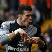 Gareth Bale scores an unbelievable goal for Tottenham leaveing West Brom in shock as they struggle with ten men