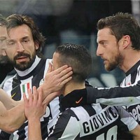 Juventus celebrate with Giovinco for his goal