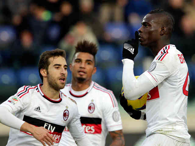 Mario Balotelli who left in the winter defends Roberto Mancini and says he is the best manager for Manchester City