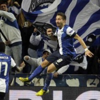 Moutinho brings Porto to an advantage