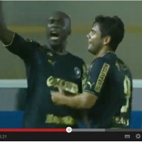 Seedorf still has what it takes! Amazing hat-trick by the legendary Dutchman who experiences a true revival in Brazil.