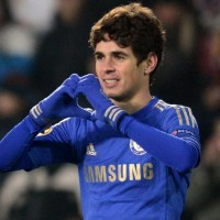 Super sub Oscar snatched a late winner for Chelsea as they laboured to a vital 1-0 victory