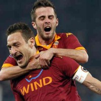 Totti saves the day AS Roma