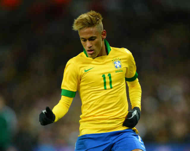 Neymar is battling where to go in Europe in the transfer window