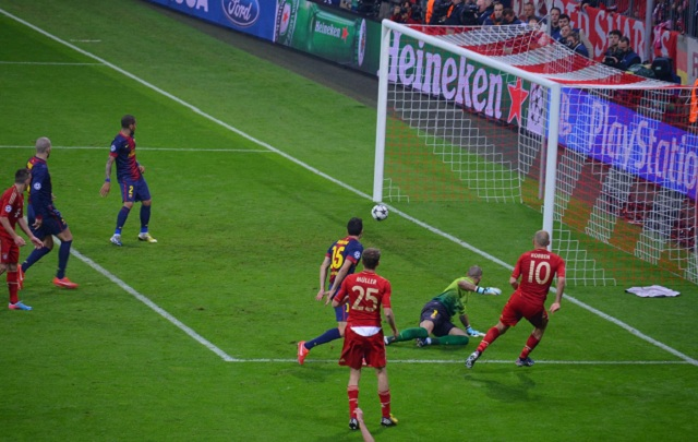 Arjen Robben scored Bayern's third goal tonight but Barcelona will feel more than a little aggrieved at the NBA-style body-check in the lead-up