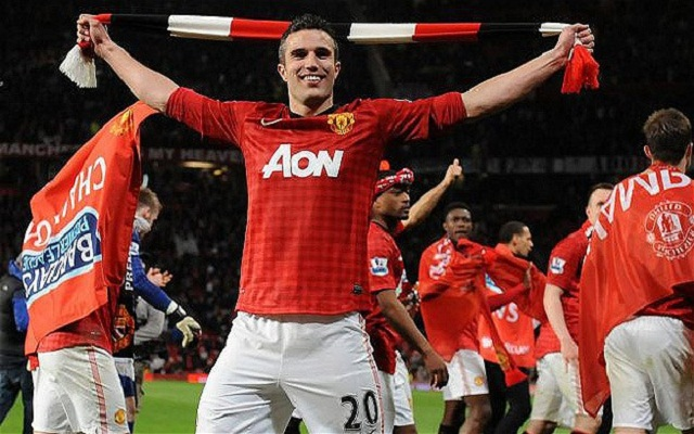 Manchester United's Robin van Persie celebrates winning the EPL title