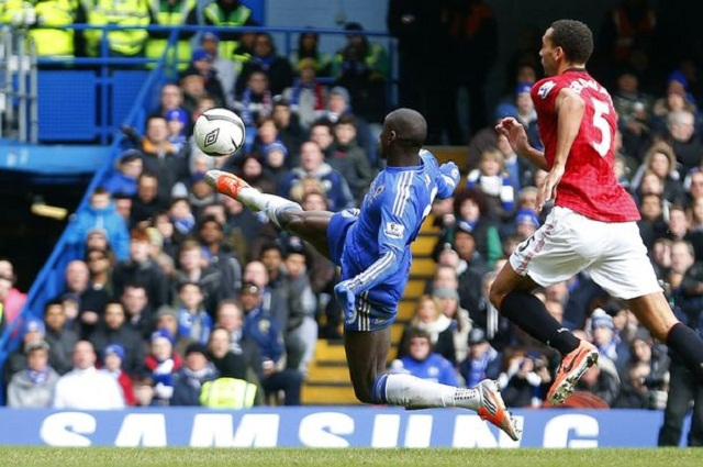 Rafael Benítez enjoyed his most satisfying result as Chelsea manager as his side edged out United thanks to a sumptuous volley from Demba Ba