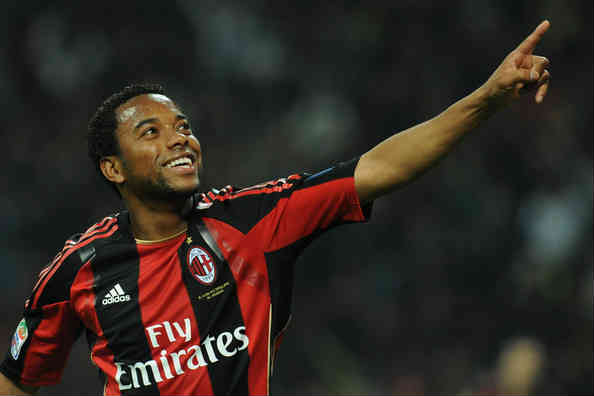 Robinho desires to stay in AC Milan for an extra ten years as he said