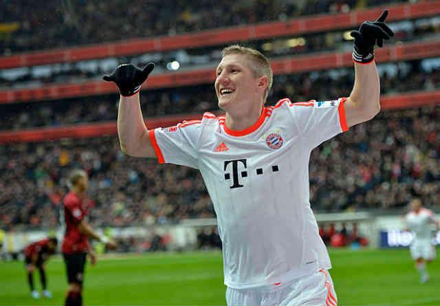Schweinsteiger goes on celebrating his goal