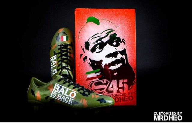 The customized Nike Mercurial camouflage Balotelli 45 shoes by Mr Dheo and the assorted box look pretty cool
