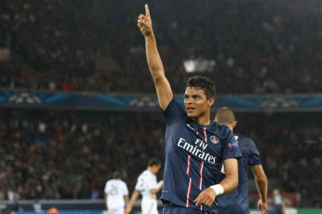 Thiago Silva wanting for the Englishmen Wayne Rooney to come to PSG in the next summer transfer window