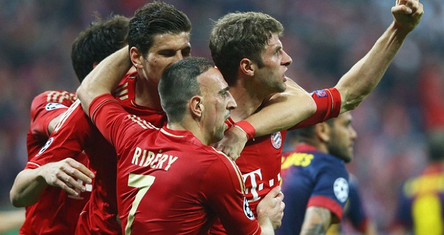 Thomas Mueller scores twice as Bayern Munich dismantle Barcelona in the first leg of the Champions League semi-final.