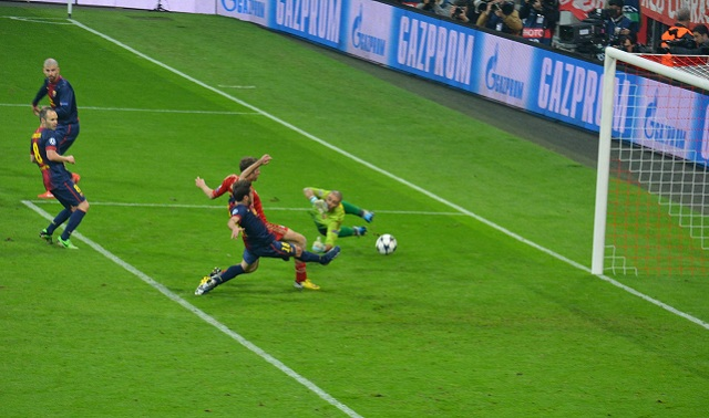 Thomas Muller getting his second on the night and taking the first leg aggregate to 4 – 0