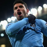 Manchester City's Carlos Aguero celebrates scoring against Man United