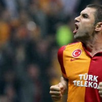 Burak Yilmaz might be going to London, Chelsea