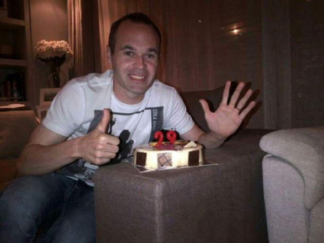 Iniesta celebrating his 29th birthday. His best birthday gift is La Liga title as he wrote on his Facebook page.