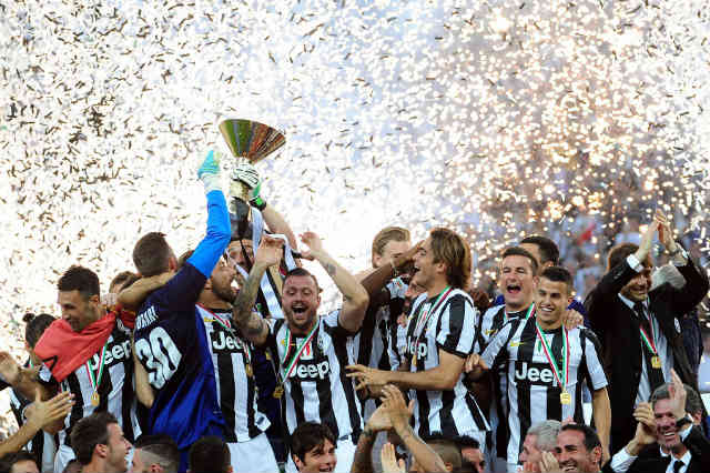Juventus win the Serie A!