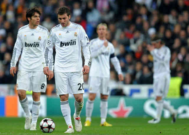 Kaka and Higuain will be part of the sale on the summer transfer window