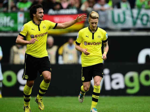 Reus gets two goals for Dortmund and brings them a draw