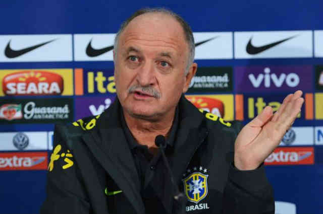 Scolari believes that Neymar will be a idol if he goes to FC Barcelona