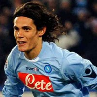 Chelsea press on for Edinson Cavani