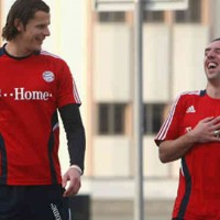 Daniel Van Buyten and Franck confirmed that they will will extend their time with Bayern Munich
