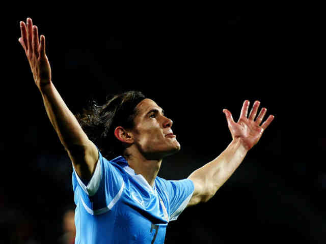 Edinson Cavani will love to play on the same side with Mourinho