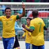 Tottenham make an offer for Paulinho