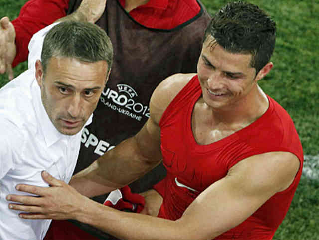 Paulo Bento stands up for Cristiano Ronaldo with praise