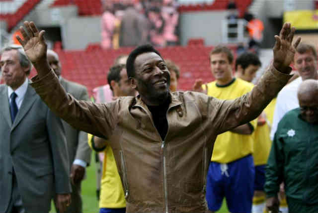 Pele made a sppech for the Brazilian team and believes they are not ready yet