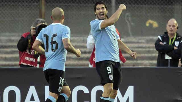 Suraez celebrates his goal for his country