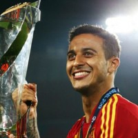Rising Barcelona star Thiago to join Manchester United for £15 Million